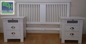 Dormitorio reciclado lacado en blanco