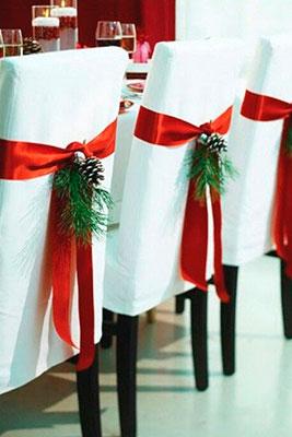 02_Como_Decorar_Tu_Mesa_En_Navidad_Sillas_BGH