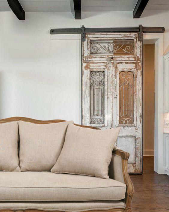 Reciclar y restaurar una puerta vieja