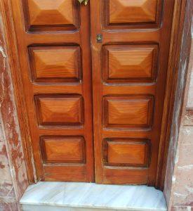 Detalle puerta de entrada